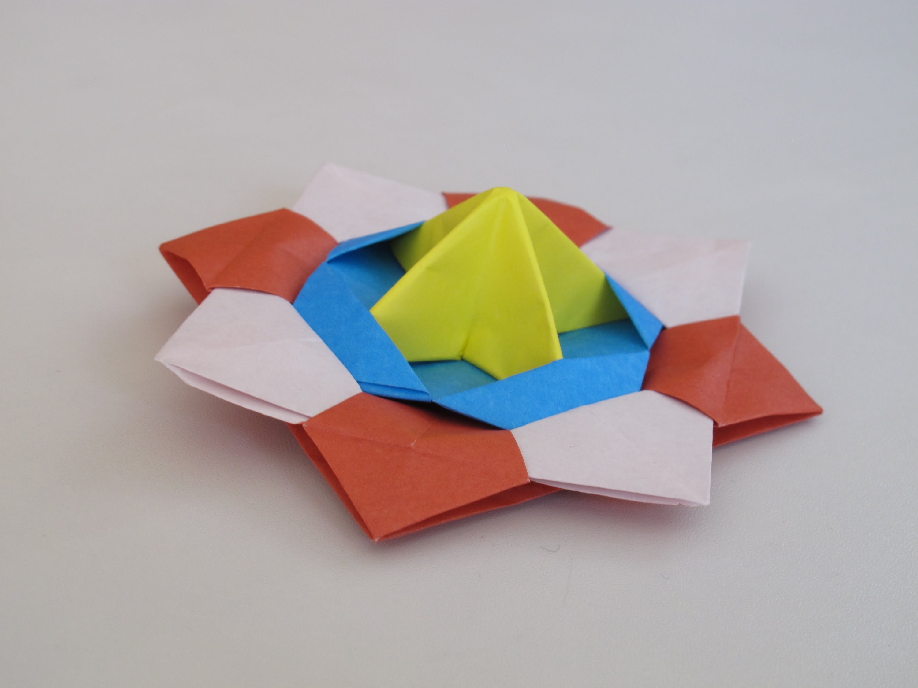 origami spinner top